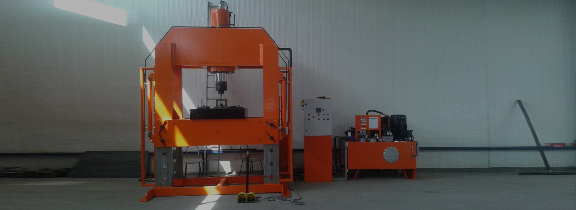 Prasa hydrauliczna 200T warsztatowa