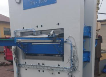 Prasa hydrauliczna 1000T